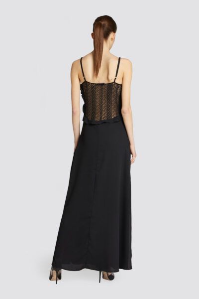 Long-slim-fit-dress-in-crepon-with-shoulder-straps_TRUSSARDI-JEANS_10_02_8057735925254_R